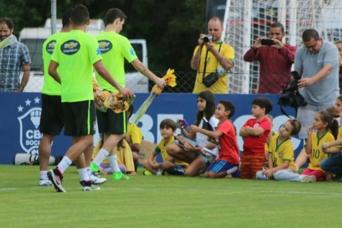 Ovos páscoa seleção brasileira (Foto: Diego Guichard)