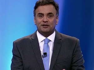Programa de Aécio exibe trecho de debate na TV