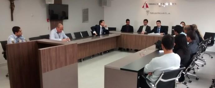 Reunião na FMF para definir detalhes do clássico Cruzeiro x Atlético-MG (Foto: Jaime Júnior)