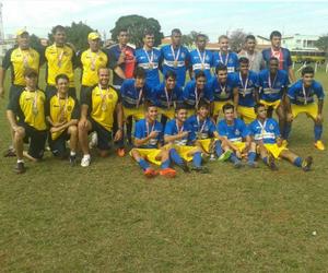 Time sub-20 do São Carlos conquista o ouro nos Regionais  (Foto: Divulgação/São Carlos FC)