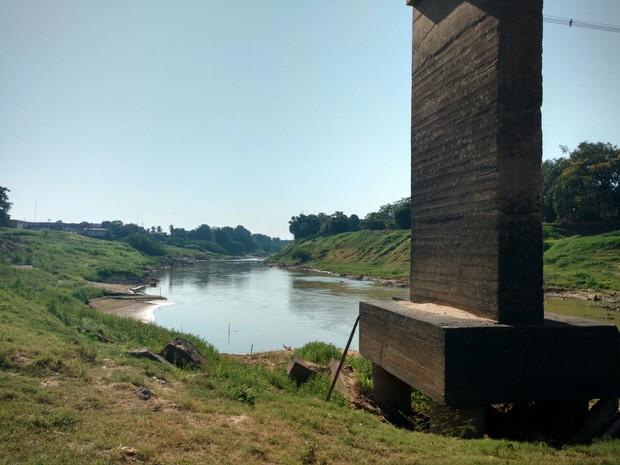 Rio Acre está com a cota de 1,49 m em Rio Branco (Foto: Caio Fulgêncio/G1)