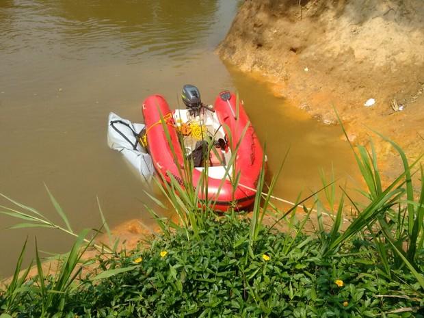 Buscas foram feitas neste domingo (18) em Buri (Foto: Bruno Casteletto/TV TEM)