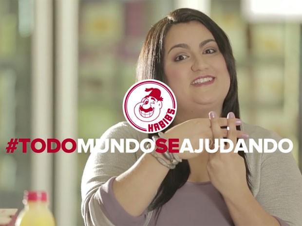 Rede fast food vai promover em suas redes sociais profissionais que buscam se recolocar no mecado de trabalho (Foto: Reprodução/YouTube/Habib's Online)