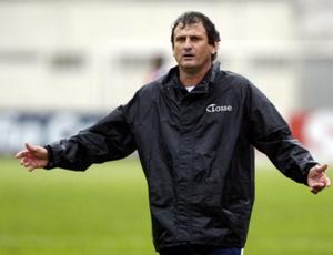 Claudemir Sturion, técnico do Camboriú (Foto: Divulgação / Camboriú Futebol Clube)