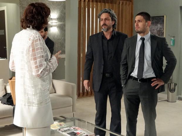José Alfredo defende o filho  (Foto: Gshow)
