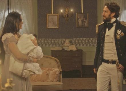 Thomas se descontrola e deixa Anna em alerta