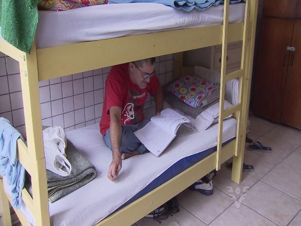 Ex-morador de rua recebe tratamento especial e novas oportunidades (Foto: Reprodução / Tv Tribuna)