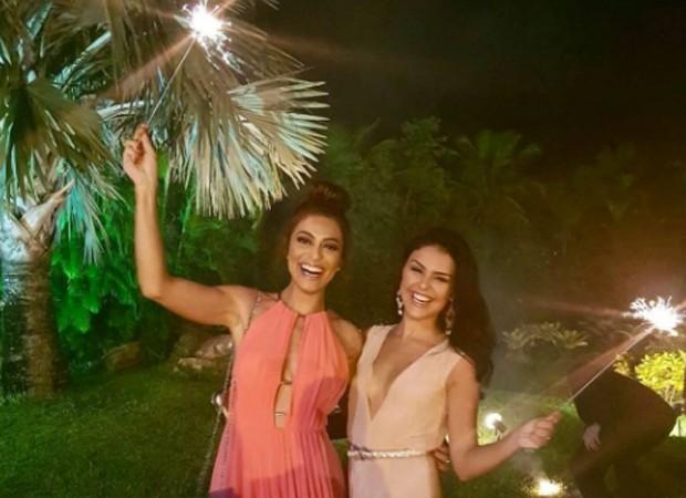 Juliana Paes e Paloma Bernardi (Foto: Reprodução/Instagram)