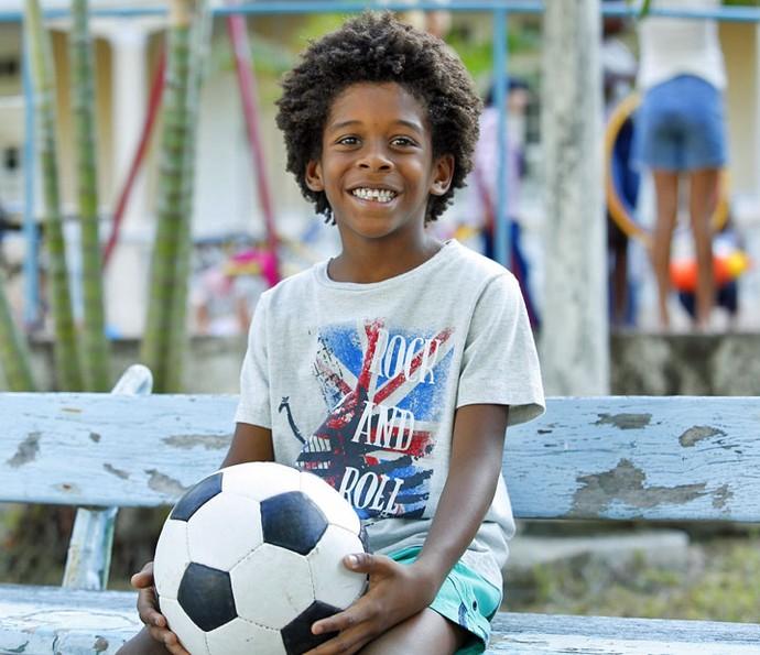 O ator mirim vive Gabriel em 'Totalmente Demais' (Foto: Raphael Dias/Gshow)