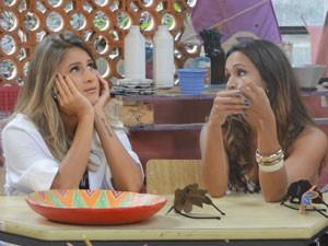 Timtim diz que a atriz está apaixonada pelo loirinho (Foto: Malhação / Tv Globo)