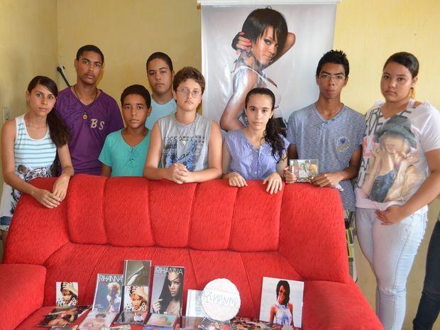 Mensagens de Rihanna emociona família de fã dela assassinado  (Foto: Fredson Navarro / G1)