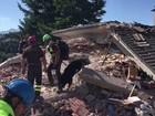 Buscas por sobreviventes continuam após terremoto na Itália