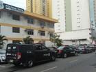 Colegas de policial civil morto fazem cortejo nas ruas de Vitória