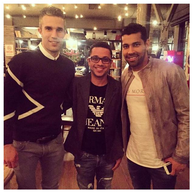 BLOG: André Santos reencontra Van Persie, velho amigo dos tempos de Arsenal