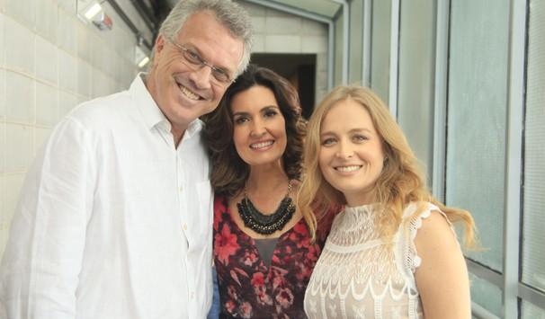 Pedro Bial, Fátima Bernandes e Angélica gravaram nos corredores ds estúdios do Projac (Foto: Rafael França/ TV Globo)
