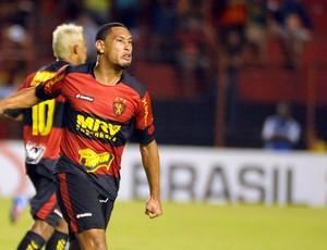 Bruno Aguiar, zagueiro do Sport (Foto: Aldo Carneiro)