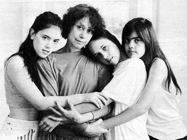 Dina Sfat e as filhas Bel, Ana e Clara Kutner (Foto: Acervo Pessoal )