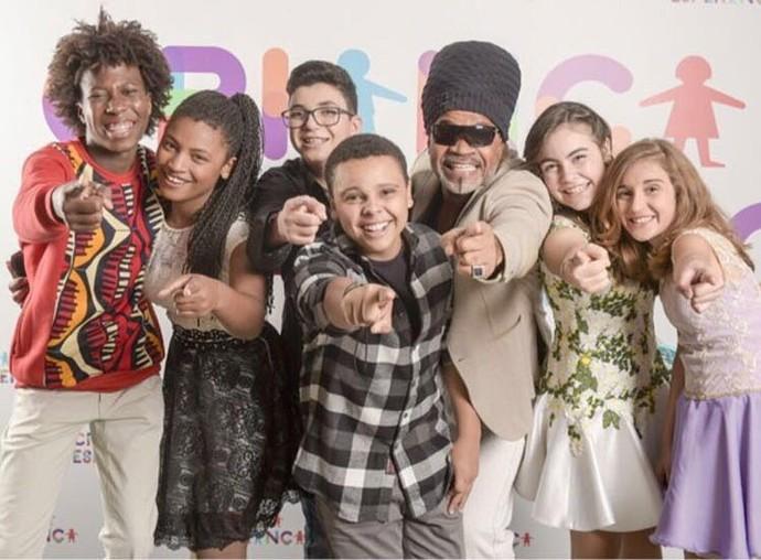 Wagner e Luna foram convidados de Carlinhos Brown para cantar junto com amigos do The Voice Kids no Criança Esperança (Foto: Arquivo pessoal/ reprodução redes sociais)
