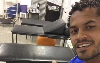 Élton abre o trabalho de fisioterapia e volta à Ponte deve ser em dois meses