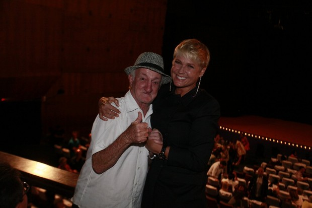 Russo e Xuxa  (Foto: Isac Luz / Ego)