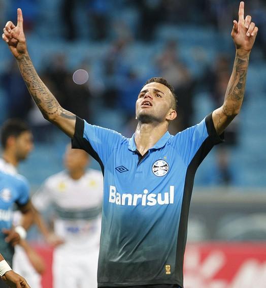fundamental (Lucas Uebel / Grêmio, DVG)