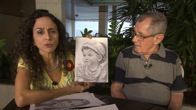 Seu Dila voltou a desenhar após um AVC (Foto: TV Bahia)