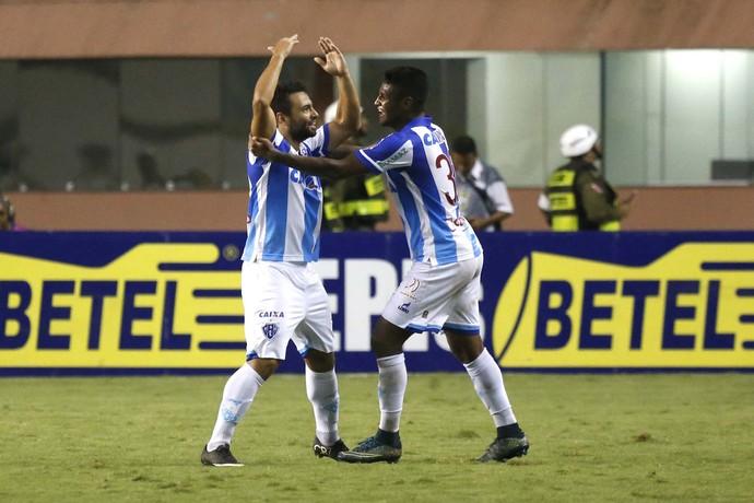 O jogador Gilvan do Paysandu comemora gol durante a partida entre Paysandu PA e Vasco RJ, válida pela Série B do Campeonato Brasileiro 2016 (Foto: Futura Press)