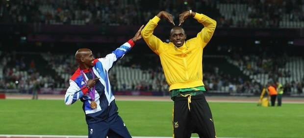 Bolt e Mo Farah comemoração Londres 2012 (Foto: REUTERS)