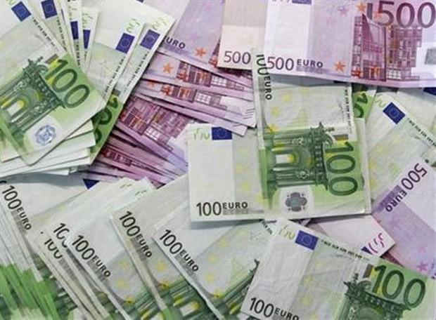 Idosa austríaca rasgou 950 mil euros antes de morrer (Foto: Reuters)