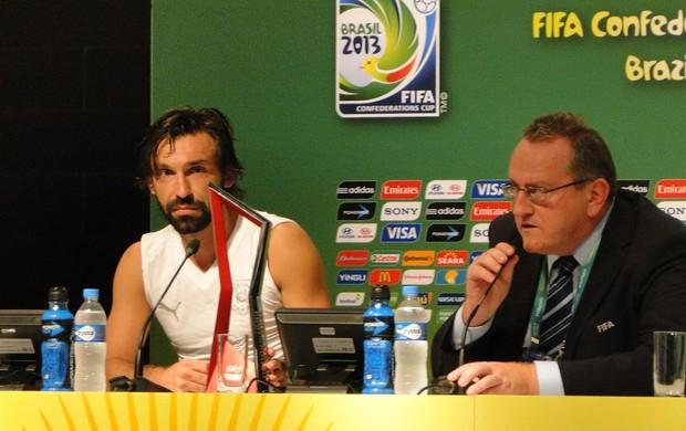 Pirlo coletiva itália Copa das confederações (Foto: Thiago Dias)