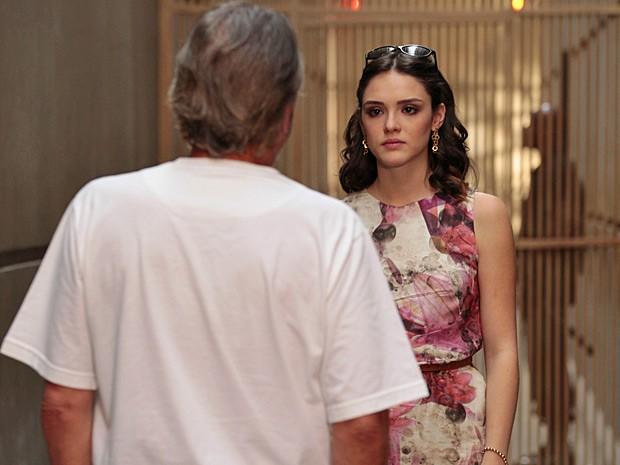 Cida faz seu acerto de contas com Sarmento (Foto: Cheias de Charme / TV Globo)
