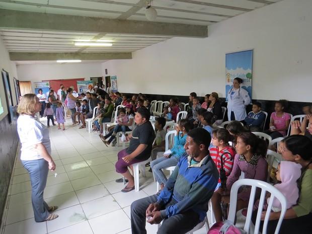 Consultas e orientações são oferecidas em evento em Jundiapeba. (Foto: Luciano de Oliveira/Divulgação.)