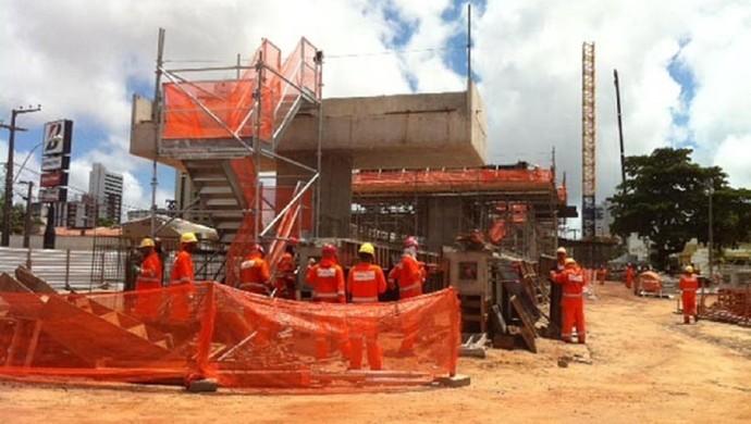 Secopa terá que apresentar matriz de responsabilidade de obras no entorno da Arena das Dunas (Foto: Fernanda Zauli)