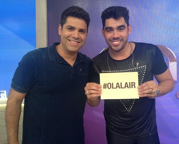 Cantor Gabriel Diniz confirma namoro para Lair Rennó e comenta loucura de fãs (Foto: Samir Miguel / Gshow)