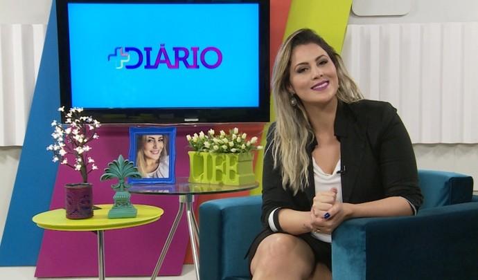 Jessica Leão na apresentação do 'Mais Diário' (Foto: Reprodução / TV Diário )