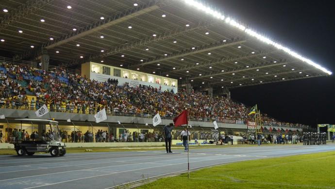 Estádio Olímpico Zerão recebeu a final do Amapazão 2015 (Foto: Rafael Moreira/GE-AP)