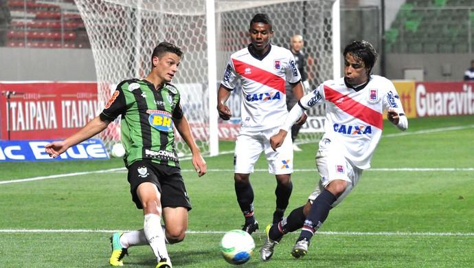 Andrei Girotto América-mg e Parana (Foto: Divulgação / AFC)