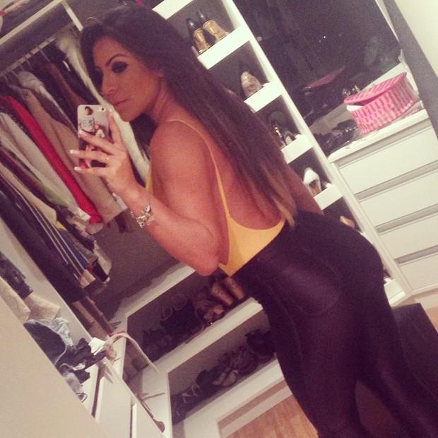 Andressa Ferreira, namorada de Thammy Miranda, exibe look escolhido para badalar em São Paulo (Foto: Instagram/ Reprodução)