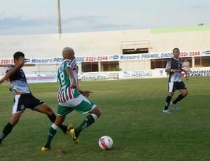 Baraúnas e Corintians empataram em 1 a 1 no Nogueirão (Foto: Carlos Guerra Júnior/Divulgação)