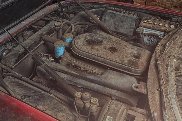 Motor V12 aspirado gosta de altíssimas rotações (Foto: Divulgação)