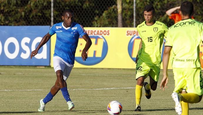 Marcelo Oliveira tem time titular quase pronto para a estreia na ... 0122ba9c70dad