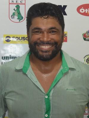 Indio Ferreira, treinador do Sousa (Foto: Larissa Keren / GloboEsporte.com/pb)