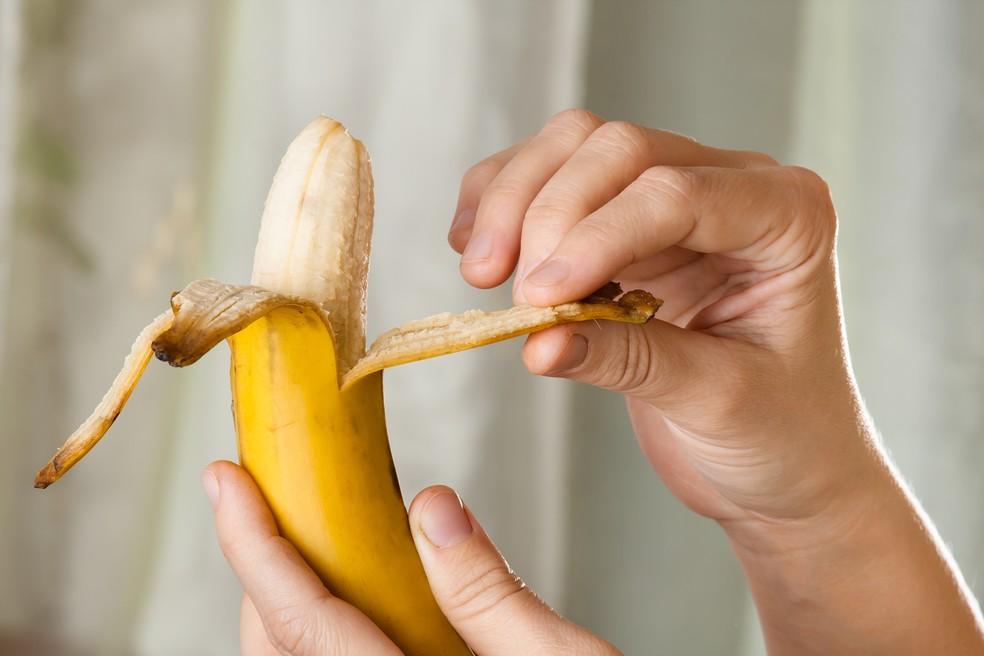 Banana é a queridinha dos atletas antes e até mesmo durante os treinos (Foto: IStock Getty Images)