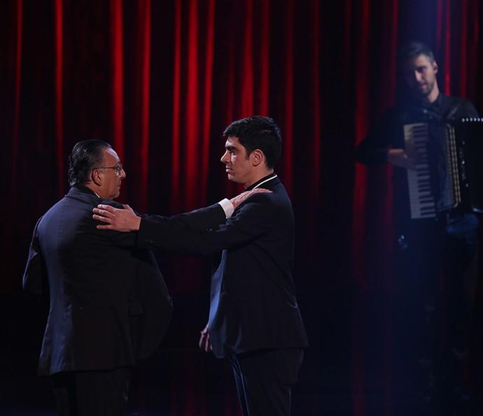 Galvão e Adnet dançando tango?! Pode isso, Arnaldo? (Foto: Isabella Pinheiro/Gshow)