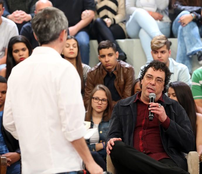 Casagrande é entrevistado por Serginho Groisman (Foto: Carol Caminha/Gshow)