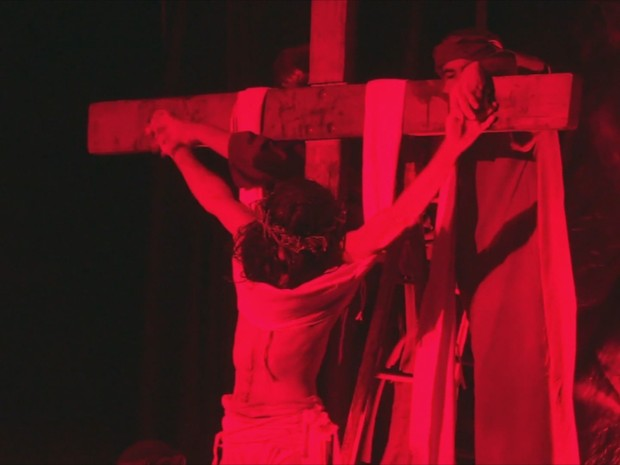 Encenação da Paixão de Cristo em Ariquemes, RO (Foto: Rede Amazônica/ Reprodução)