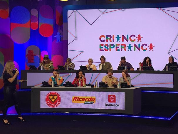 Grandes personagens da telinha conversam com os telespectadores (Foto: divulgação/TV Globo)