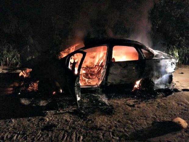 Carro utilizado na morte do delegado, em Manaus (Foto: Divulgação/Polícia Militar do Amazonas)