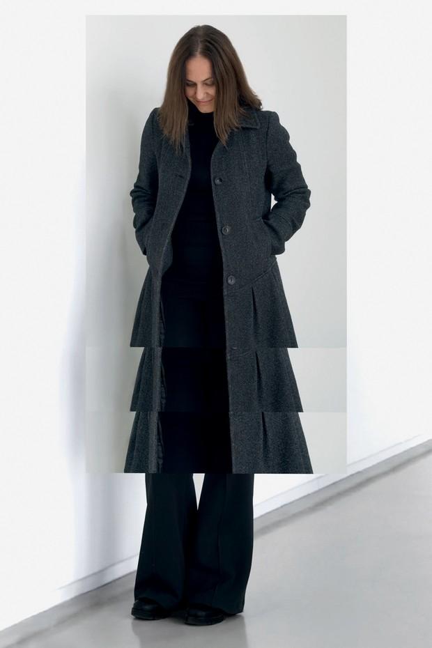 Autorretrato de Jaguaribe feito para a Vogue. (Foto: Claudia Jaguaribe, Divulgação, Steve Mccurry e Horst P. Horst)