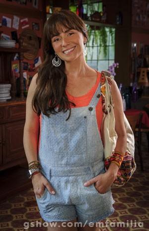Giovanna Antonelli também teve as mechas alongadas e adotou franja (Foto: Globo / Alex Carvalho)